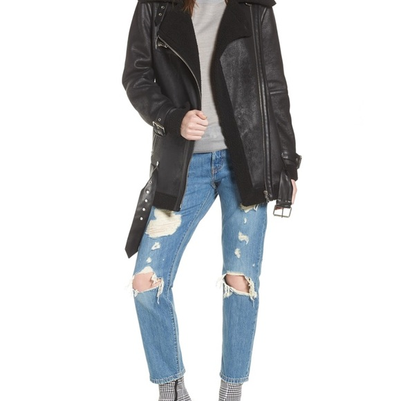 bcd1502a02f avec les filles Jackets   Blazers - NWOT Avec les filles faux shearling  biker jacket